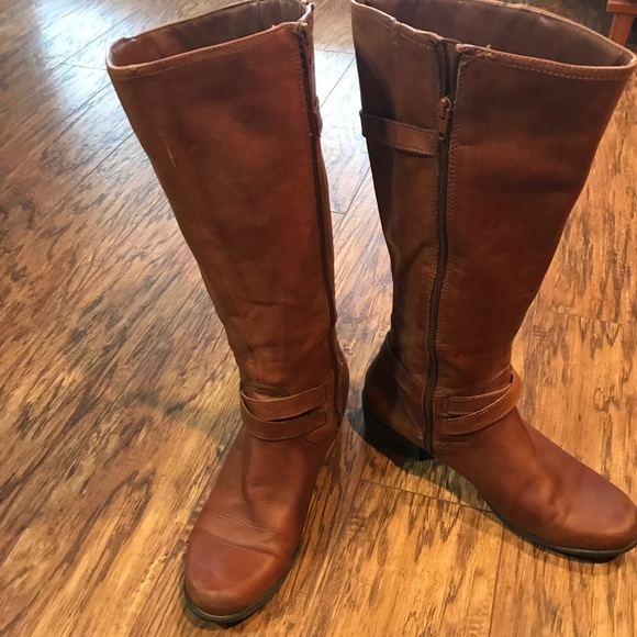 dcc96971e80 Liz Claiborne Shoes - Liz Claiborne Wide Calf Brown Leather Boots